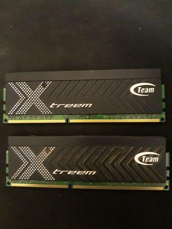 Память DDR3 2000 2x2GB Team extreem.