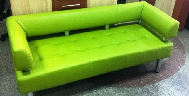 Офисный диван оливкового цвета Софитель
