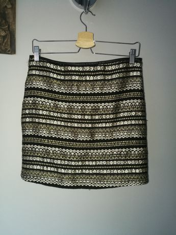 Spódnica mini, zlote wzory, rozmiar 38, mała czarna