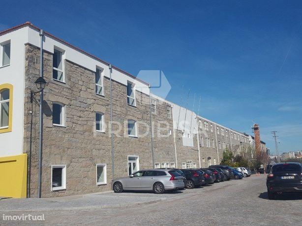 Edifício de escritórios, Arredamento, Gaia