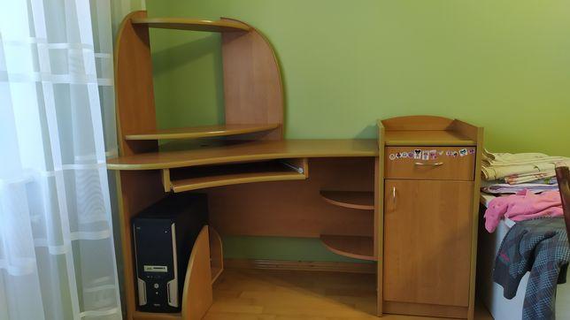 Комп'ютерний стіл, стіл для комп'ютера, парта.