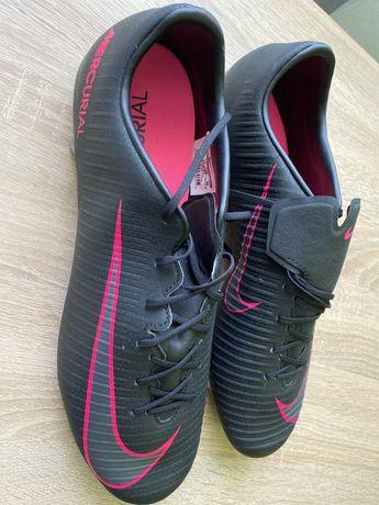 Nike Mercurial бутси футбольні