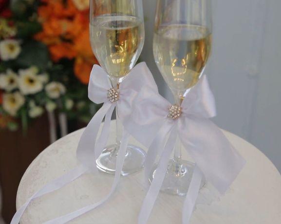 Бантики на бокалы на свадьбу