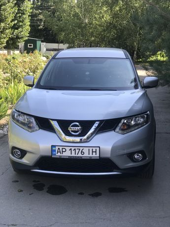 Авто Nissan Rogue 2016