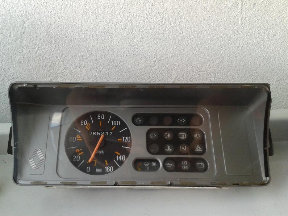 Material Renault 5TL (R5 TL) Lagos (São Sebastião E Santa Maria) - imagem 1