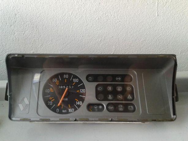 Material Renault 5TL (R5 TL)