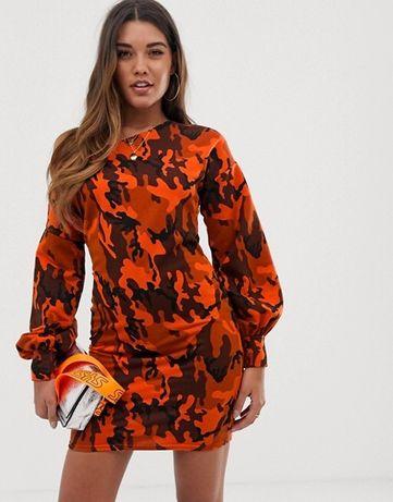 Платье свитшот с открытым плечиком ASOS