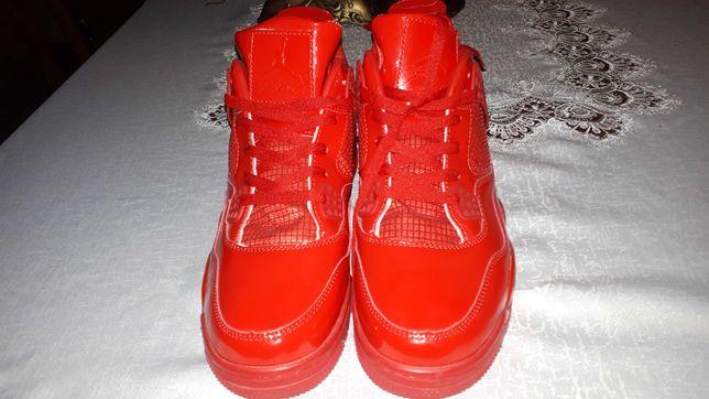 Buty Jordan r.45 wkładka 29