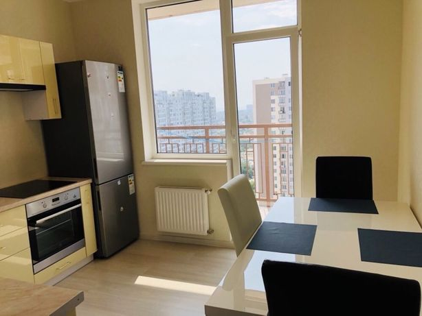 Сдаётся недорого новая квартира с видом на море, от хозяина!