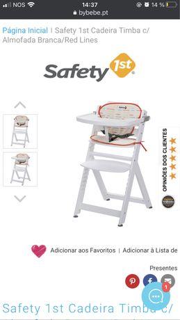 Cadeira de papa de madeira branca. Safety first