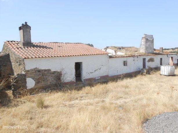 Monte Alentejano para recuperar - Santiago Maior