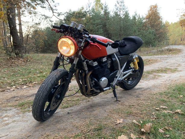 Мотоцикл cafe racer