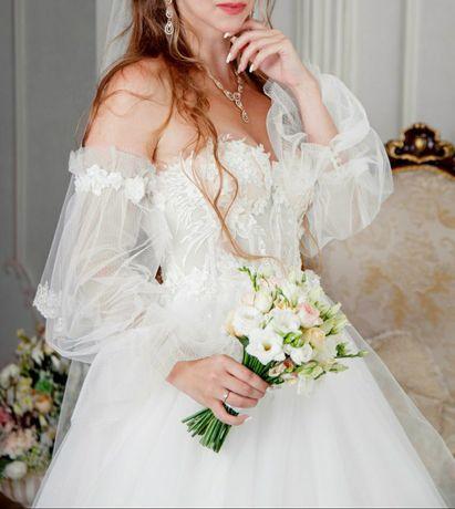 Свадебное платье из Queen Collection by Anabel