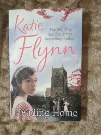 Книга на английском Katie Flynn Heading home к13.1  150