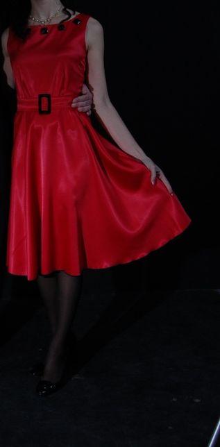 очень крутое шелковое платье 44-46 р-р