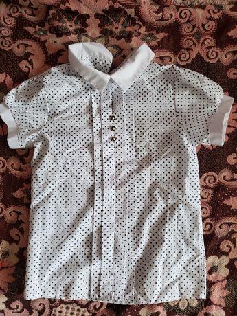 Продам блузку для девочки недорого
