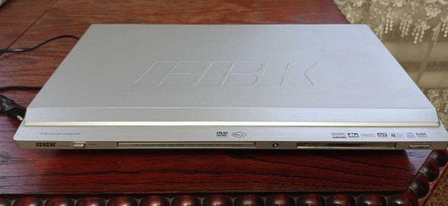 DVD плеер ВВК, DV-722S/ Рабочий. Идеальное.