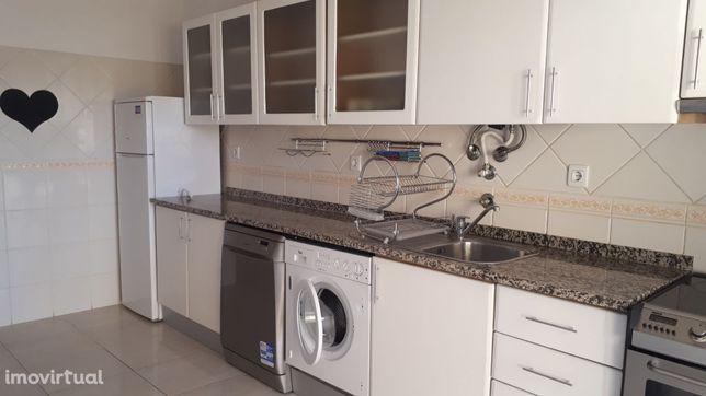 Apartamento T2 em Faro, com garagem