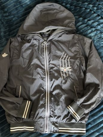 Ветровка (куртка) на мальчика. 6 лет