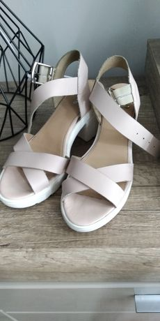 Sandały skórzane Wojas 38