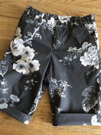 Dolce & Gabbana . Стильные шорты оригинал , 6 - 8 лет.