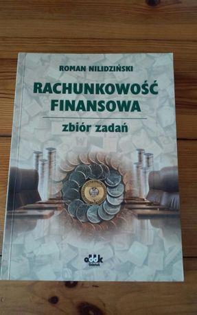 Rachunkowość finansowa i inne podręczniki dla studentów.