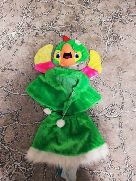 Продам новый костюм попугая, птенца на 3-5 лет