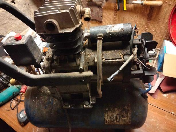 Kompresor 50l uszkodzony
