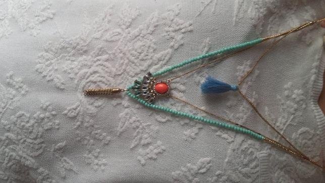 Conjunto de três colares