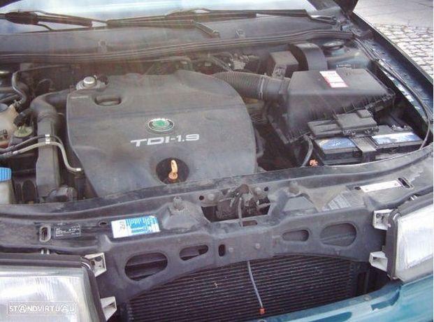 Motor Skoda Octavia 1.9tdi 90cv AGR ALH Caixa de Velocidades Arranque + Alternador Arcondicionado