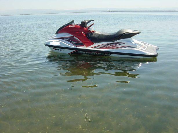 Mota de água Yamaha GP800R -poucas horas