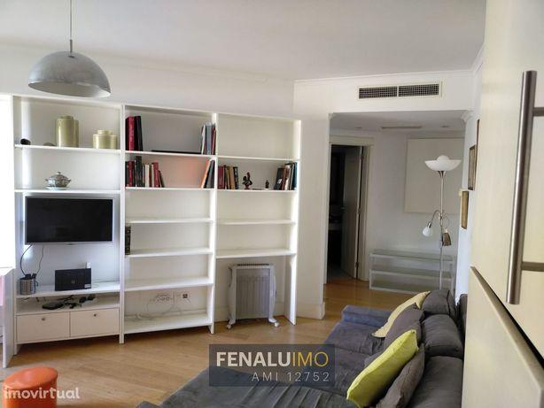 Apartamento T1 mobilado e equipado com terraço ao Areeiro Lisboa
