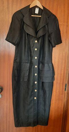 Vestido comprido preto de linho
