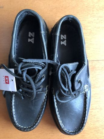 Sapatos em pele n.35