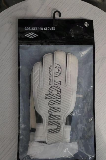 Rękawice bramkarskie Umbro rozmiar 10