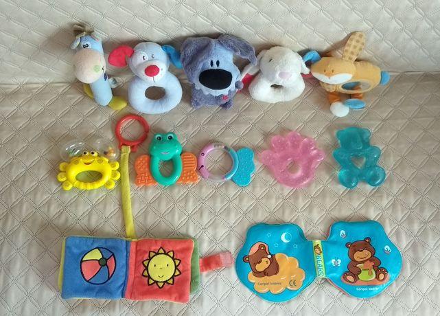 Іграшки для малят,зручні для маленьких рученят.