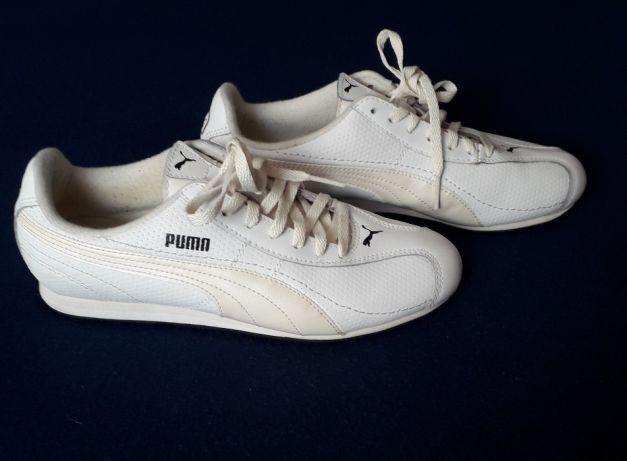 Tenis Puma NOVOS! Em pele brancos e bege claro. Tamanho 36. Confort