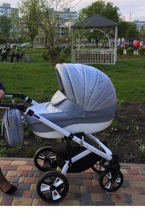 Коляска 2в1 детская СРОЧНО продам  коляска 2в1 для девочки и мальчика