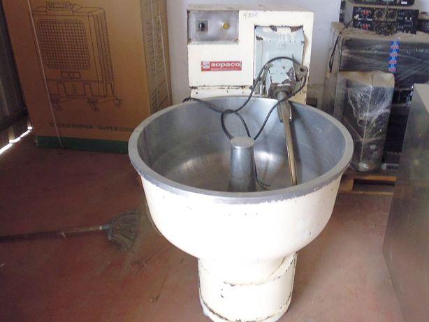 Amassadeira 100 litros