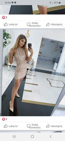 Sukienka w kolorze różowego złota