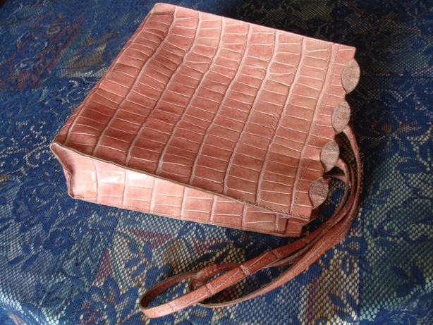 plecak skórzany różowy