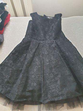 Sukienka cubus 152