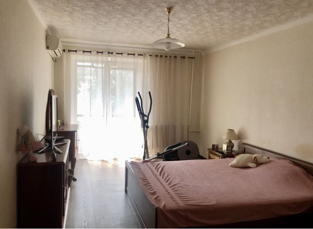 Продам 2-х комнатную квартиру в центре ул. Херсонская