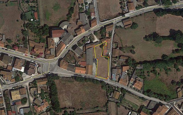 Terreno 970 m2 para construção em Monte Real / Leiria.