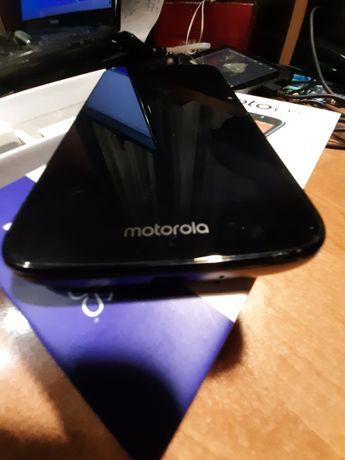 Смартфон Moto e5 play телефон сенсорний мобільний Mororola моторола
