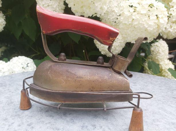 Stare żelazko elektryczne, antyk