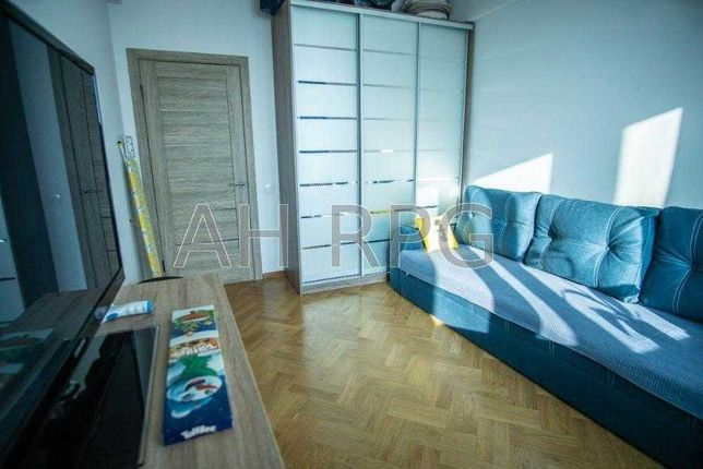 Продам 3к- квартиру , бульва Леси Украинки 36б