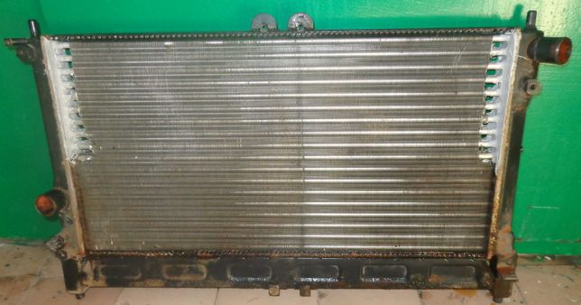 Радиатор охлаждения на Ланос 1,5 с кондиционером