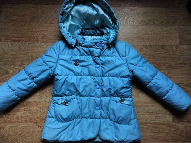 Куртка демисезонная на девочку 6-7 лет
