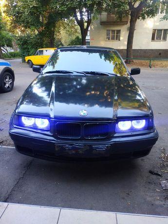 Продам BMW e36..